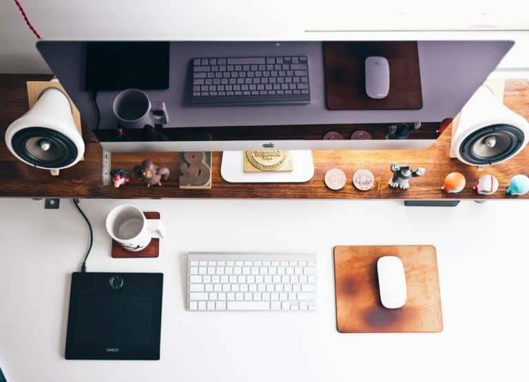 Jak przekonać klientów do zajęć online